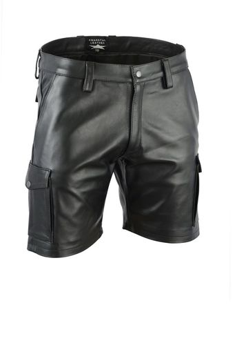 Cargo Shorts made of Soft and Plain Leather