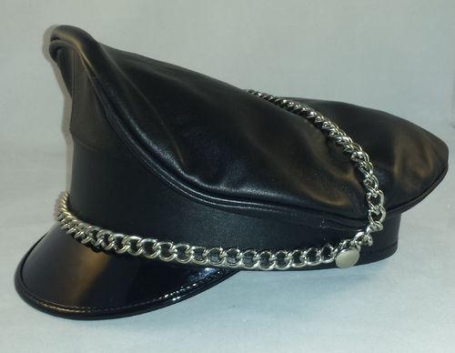 Leather Muir cap with chain Black